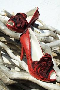 Goyesca Collection: Caprichos Rojos