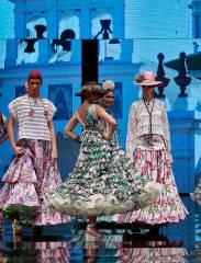 Zapatos de Vooss Atelier en la SIMOF 2017 - Colaboración en el desfile de la diseñadora Carmen Vega - Colección: El Corazón de la Tierra
